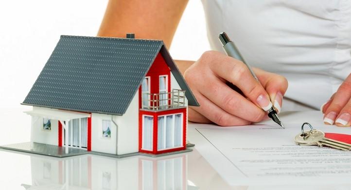 Rechtsanwalt für Immobilienrecht (Haus, Grundstück, Eigentumswohnung)