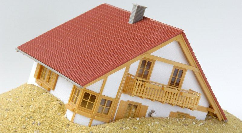 Rechtsanwalt für Immobilienrecht und Altlasten, Frankfurt