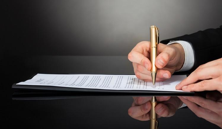 Anfechtung des Arbeitsvertrages, Rechtsanwalt für Arbeitsrecht in Frankfurt