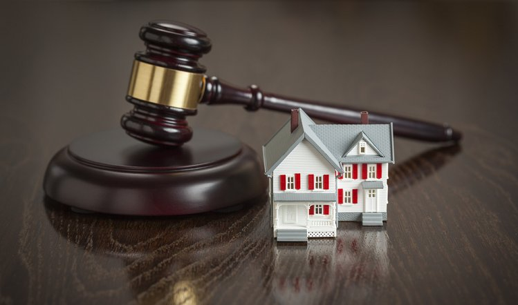 Rechtsanwalt Immobilienrecht und Vertragsrecht, Zwangsversteigerung