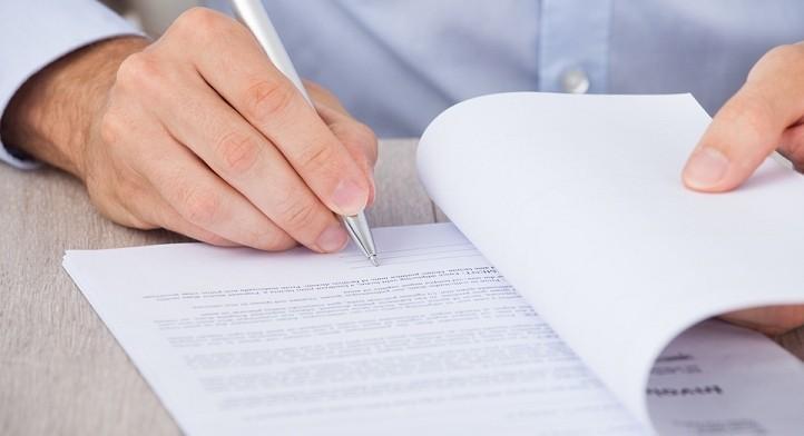 Allgemeine Geschäftsbedingungen (AGB) erstellen und prüfen lassen - Rechtsanwalt in Frankfurt/M.