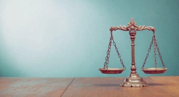 Unberechtigte Strafanzeige: Rechtsanwaltskosten & Rechte des Beschuldigten